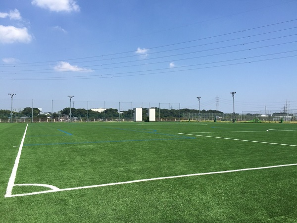 清瀬校 内山運動公園サッカー場人工芝張り替え完了のお知らせ!