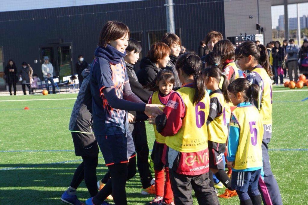 熊谷紗希選手(サッカー日本女子代表/オリンピック・リヨン所属)による『なでしこ限定クリニック』を 関東・関西 の2ヵ所で開催!